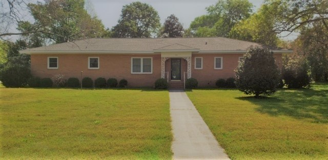 3 Bed, 2 Bath House in Grove Lakes Subdivision in Statesboro