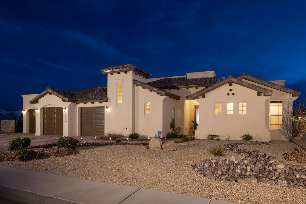 Tuscan Style Home with all the amenities you could want!!