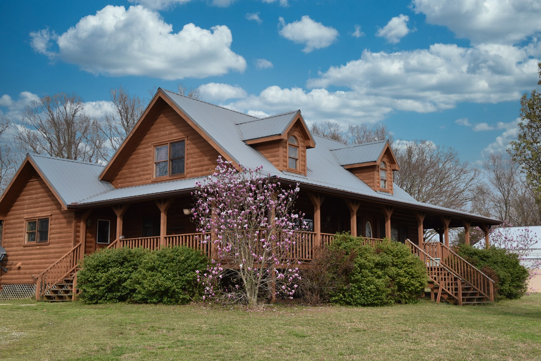 Log Home for Sale in Trenton TN, Barn, Deer, Lake & Sunsets