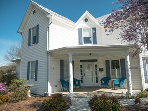 STUNNING HISTORICAL HOME FOR SALE IN THE TOWN OF FLOYD VA!
