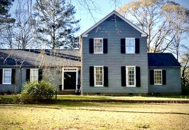Remodeled 2 story Lakeside Colonial Home for Sale McComb MS