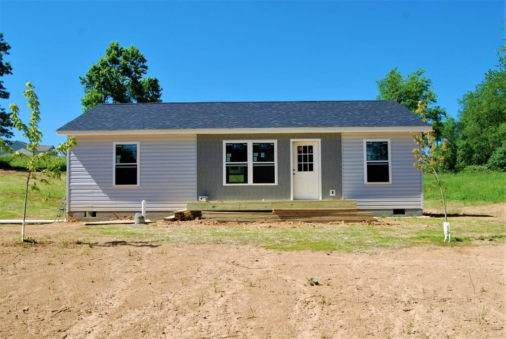 NEW CONSTRUCTION-3 BR, 2 BA HOME IN RURAL RETREAT FOR SALE