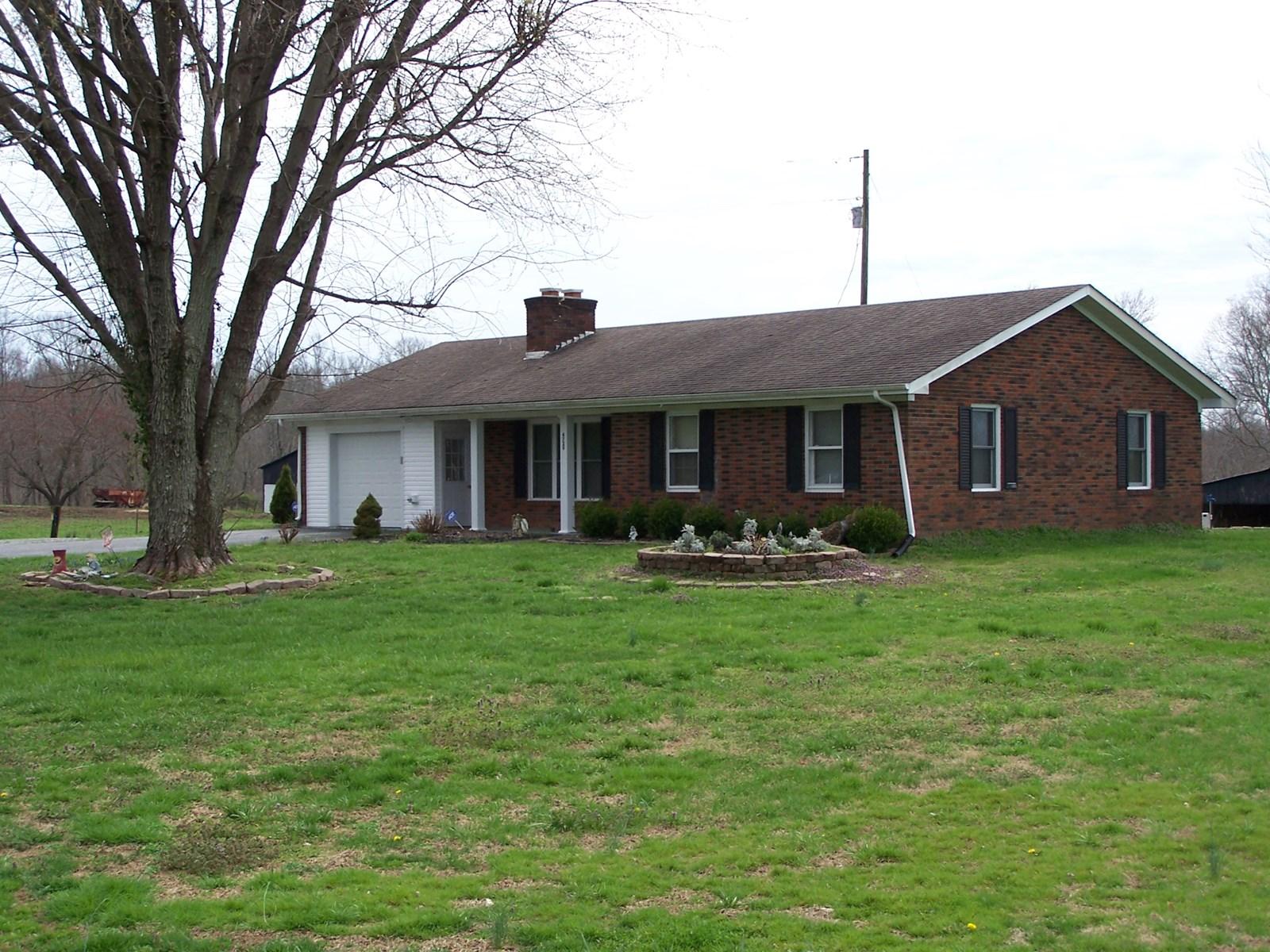 BRICK HOME - 8 ACRES - 2 BARNS - LARGE POND - LIBERTY, KY