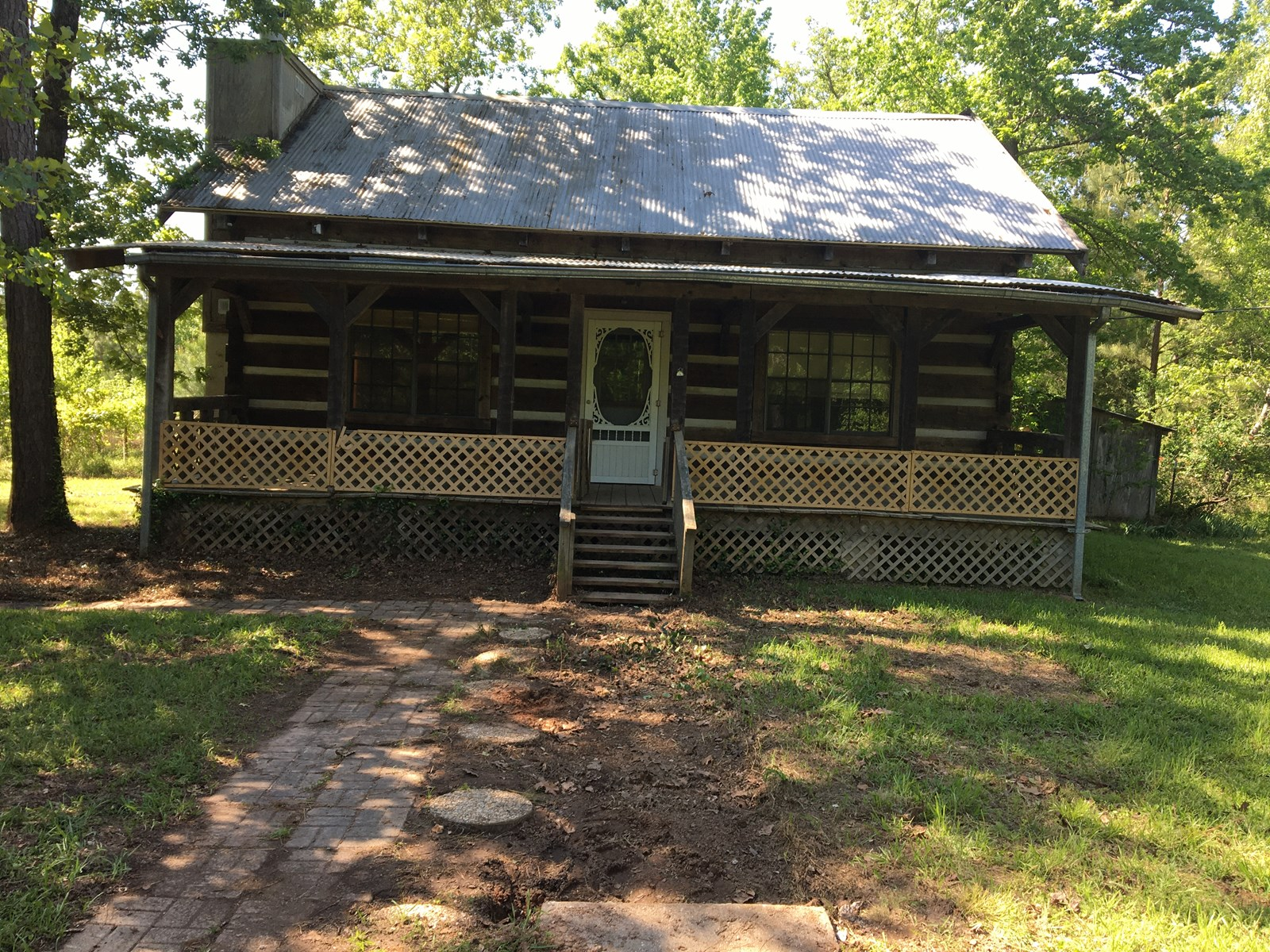 Cherokee County, East Texas Log Home for Sale