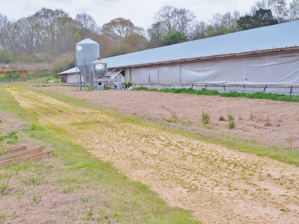 11.5 Acres Land for Sale 2 Breeder Poultry Farms SW MS