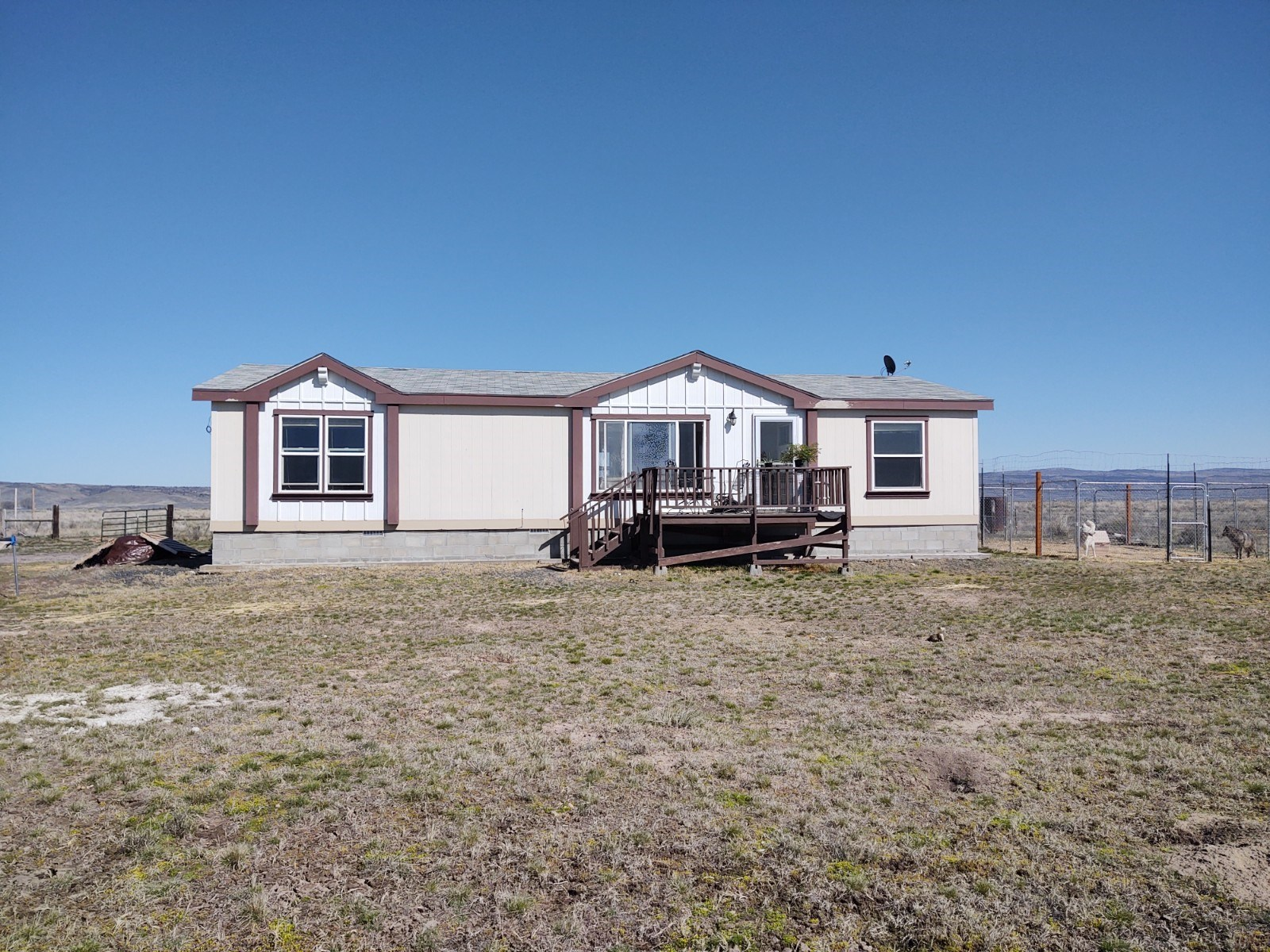PRIVATE LOCATION EAST OF BURNS OR ON 40 ACRES WITH 3 BD HOME