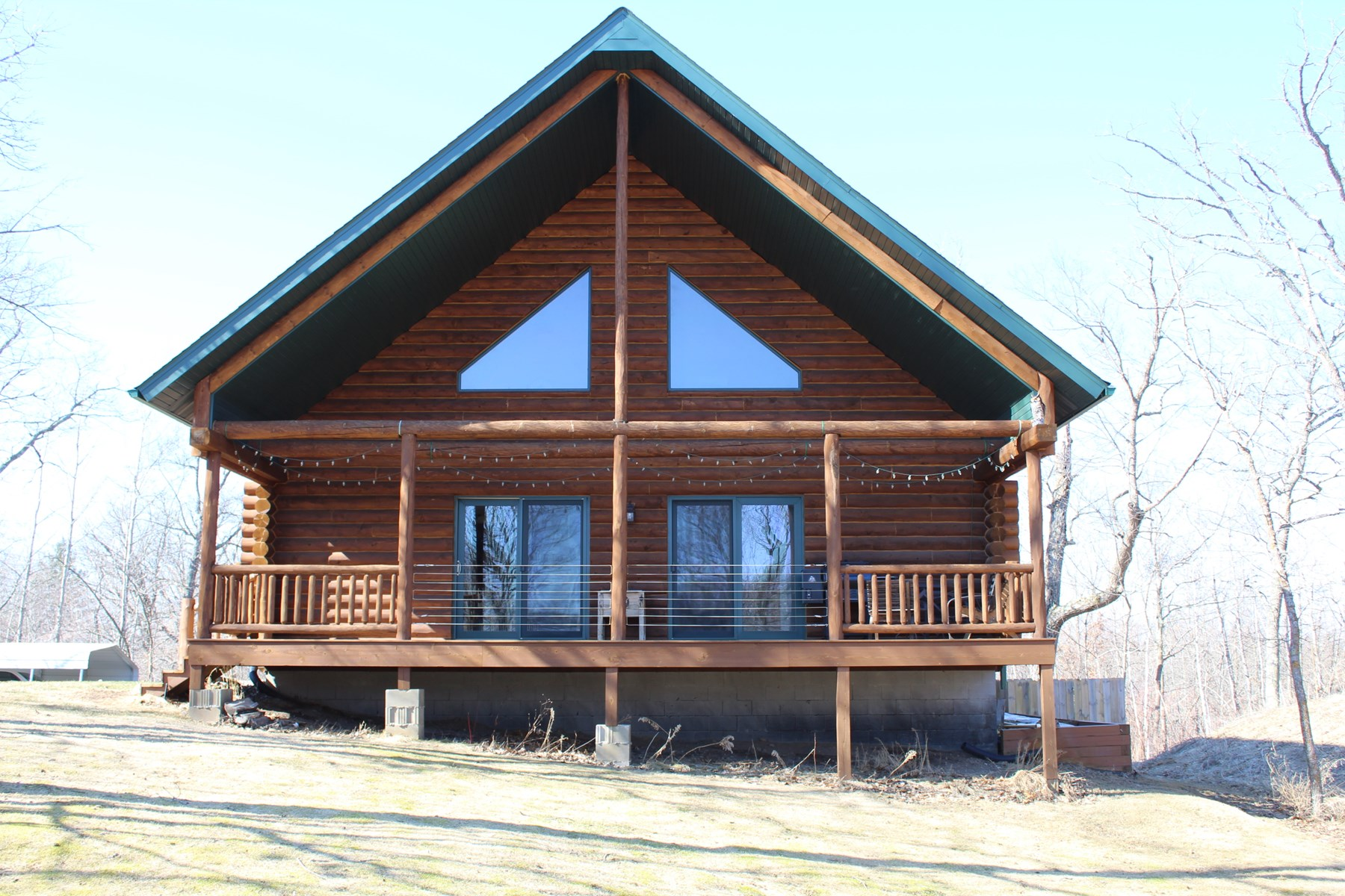 Garrison area Log Home on Golf Course for Sale