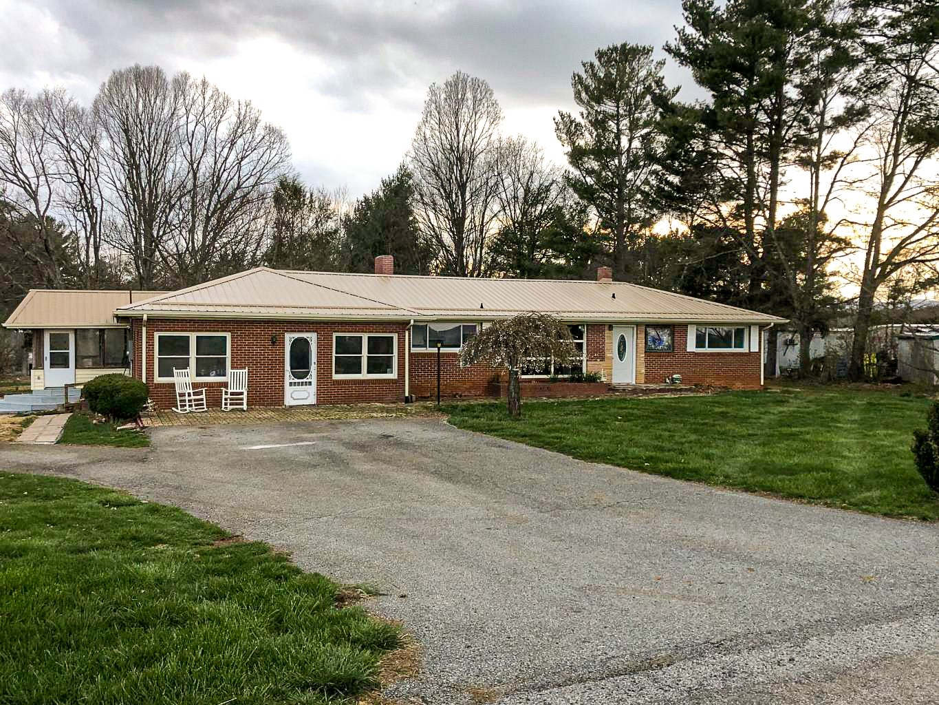 Country Home for Sale in Floyd VA