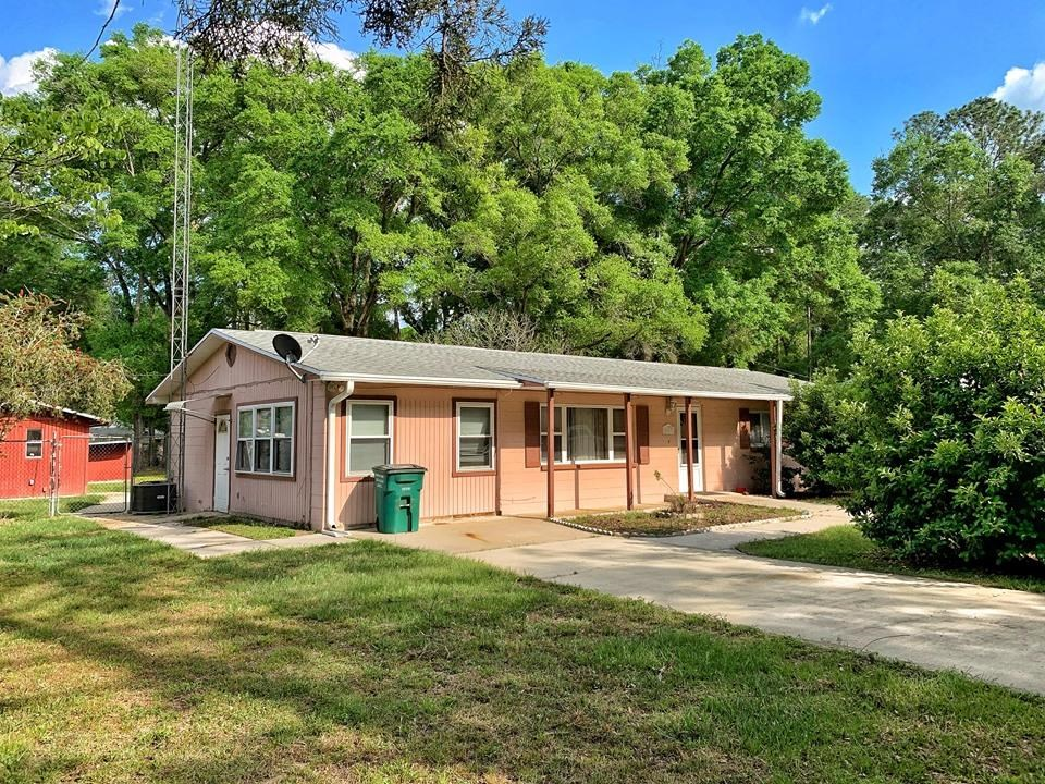 FAMILY HOME IN TOWN - CHIEFLAND FLORIDA - LEVY COUNTY