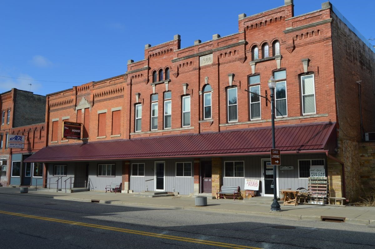 The Mixed-Use Income Property in Wonewoc WI Online Only Auct