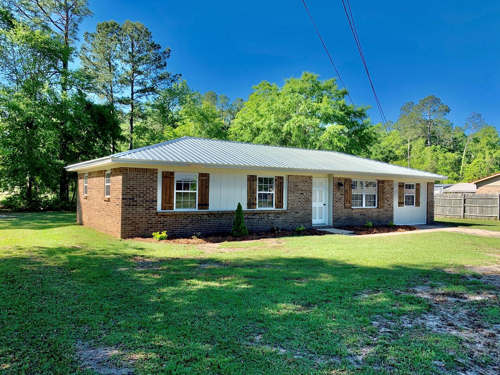 Remodeled Home for Sale in Geneva, Alabama