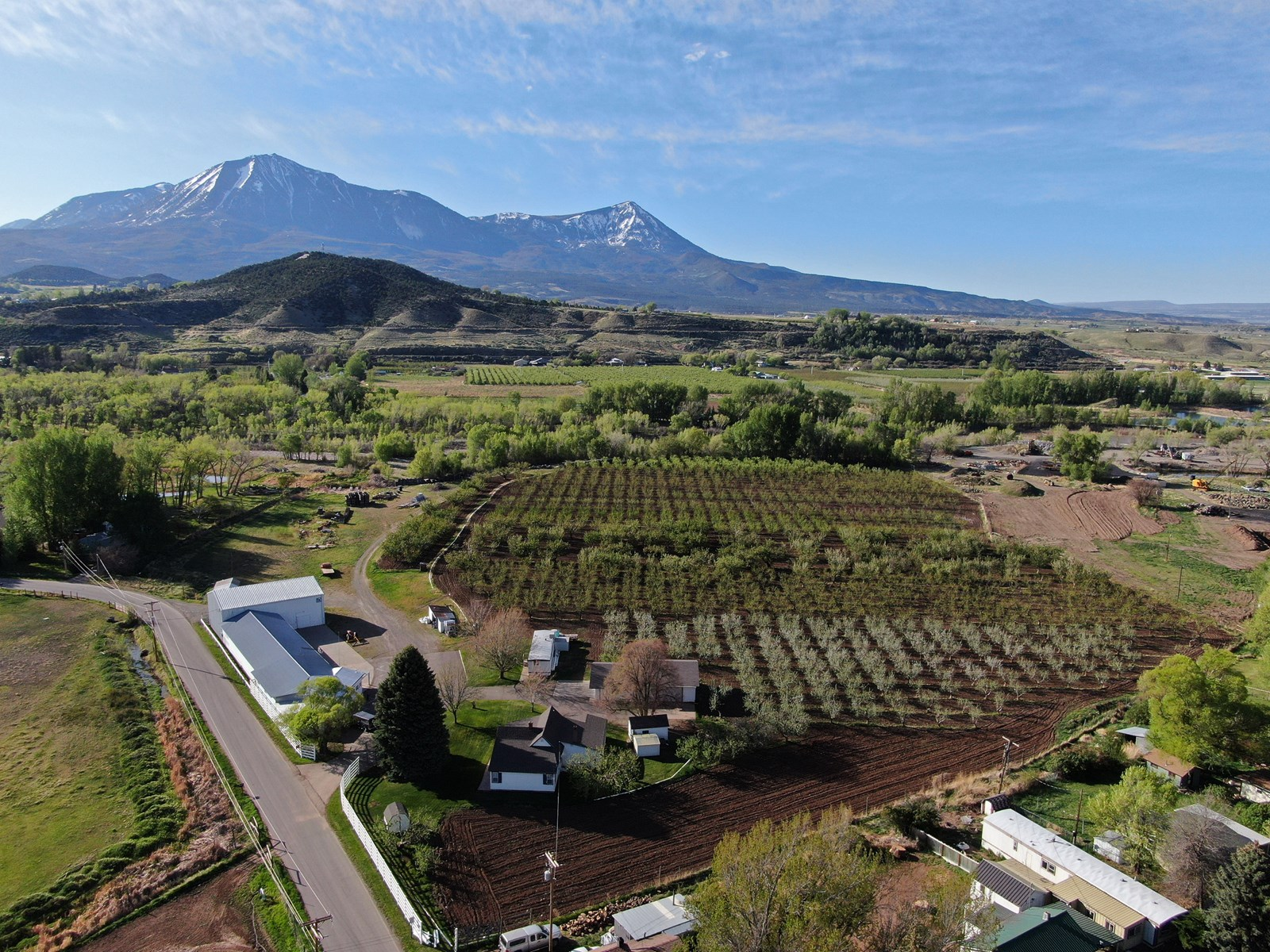 Paonia CO orchard and farm market for sale with home & shop
