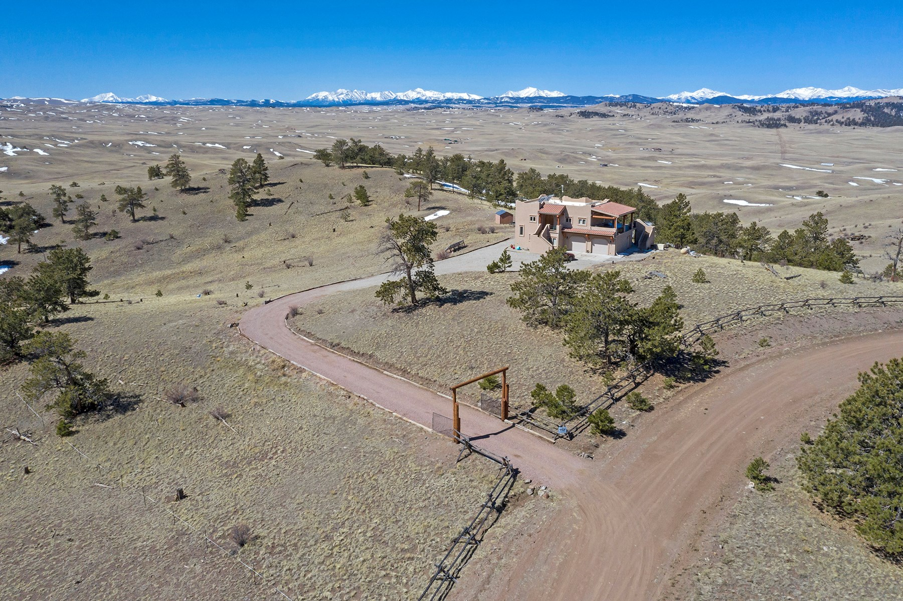 Off-Grid Home in the Rocky Mountains in Hartsel, Colorado