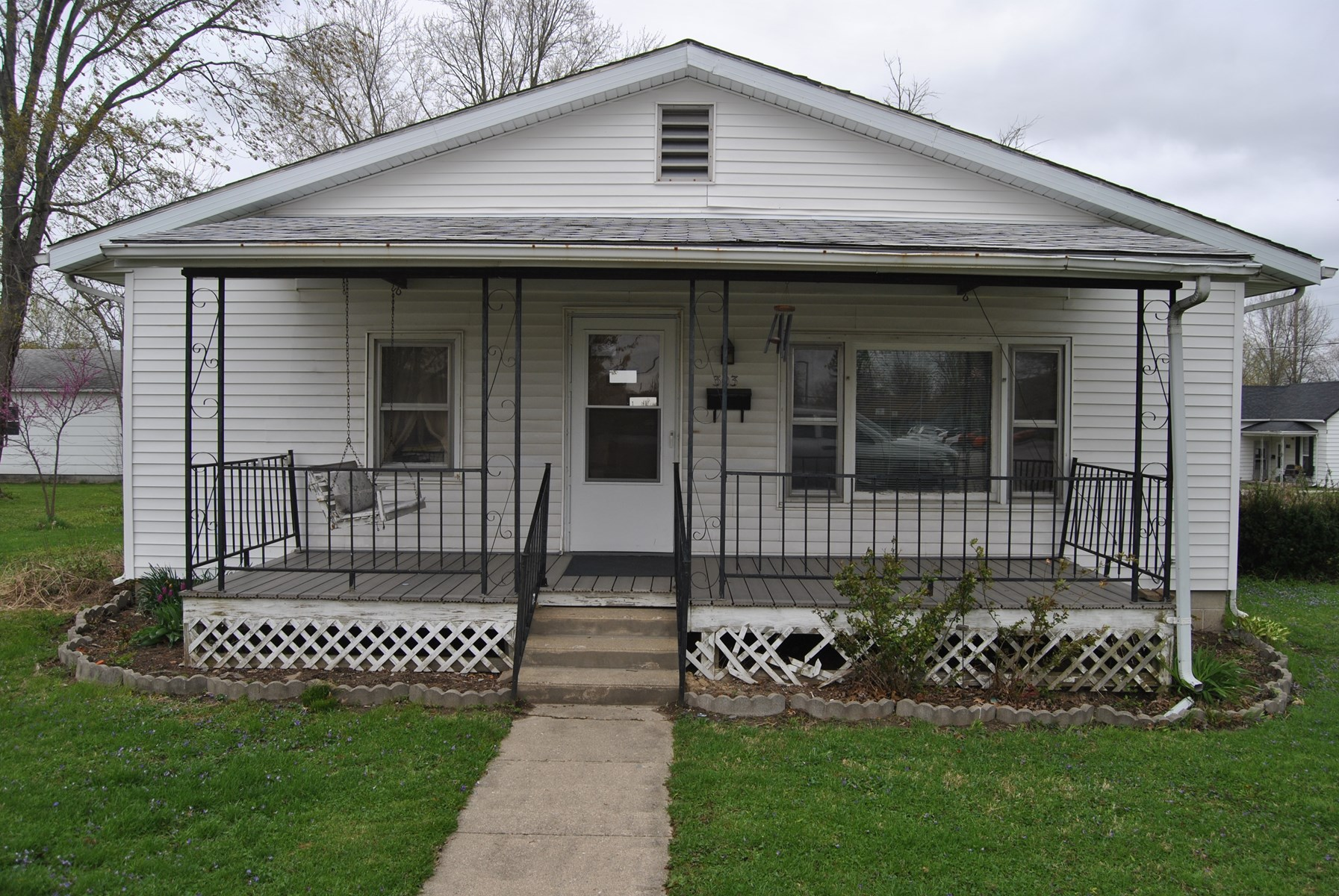 4 Bedroom, 2 Bath Home on Corner Lot, Marshall, IL