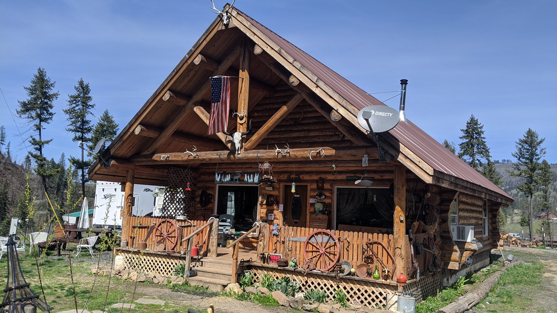 Log Home in Kamiah, ID, Mountain Real Estate Acreage Sale