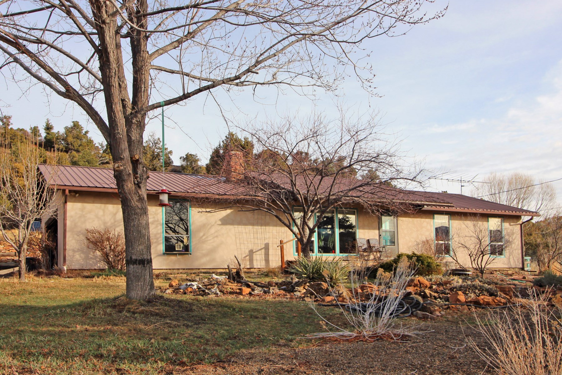 Country home in SW CO, borders BLM, no covenants,Views,Solar