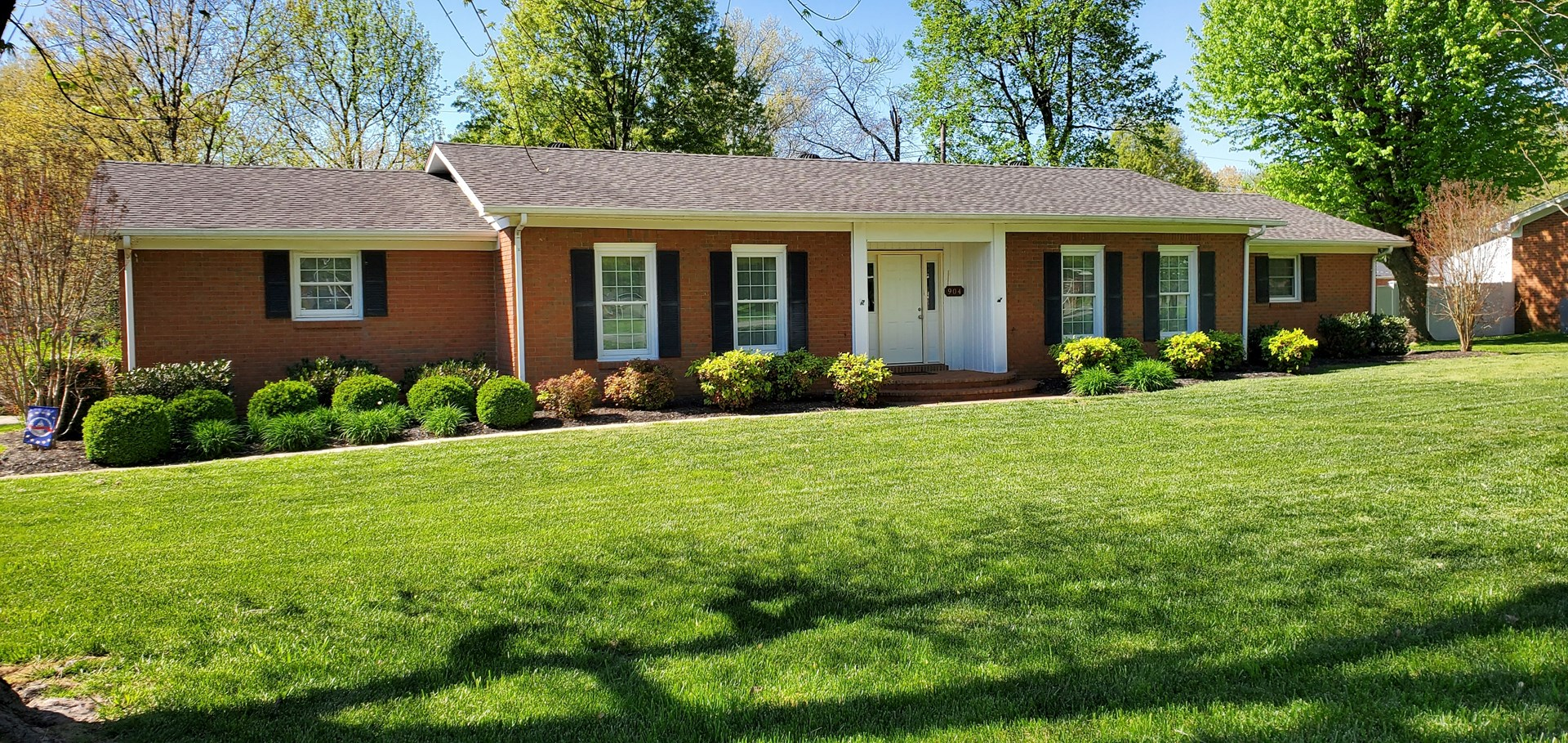 Great 3 bedroom 2 bath brick home for sale in Franklin Ky.