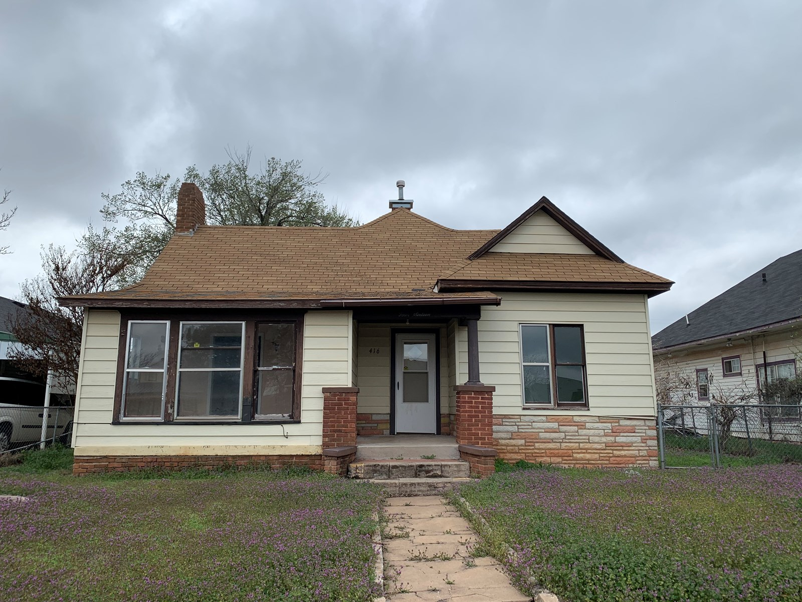 Clinton, OK House for Sale - 3 bedroom - Custer County