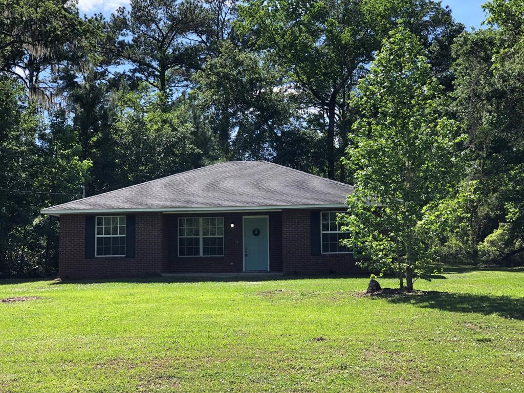 3/2 REMODELED BRICK HOME on beautiful 1 acre lot. NO HOA!