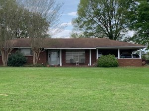 HOME IN TOWN FOR SALE FRANKLIN COUNTY MISSISSIPPI