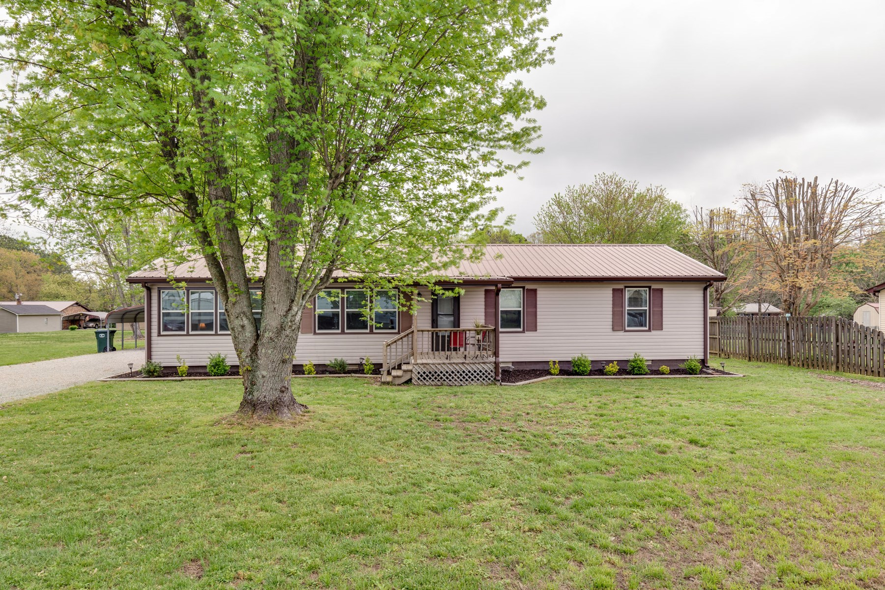Renovated Ranch for Sale in Hohenwald, TN 38462