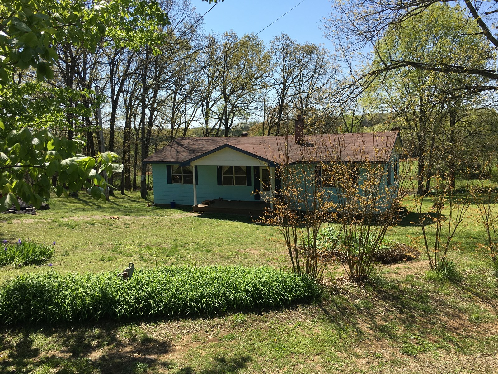 Country Home in Arkansas Ozark foothills, 3 beautiful acres