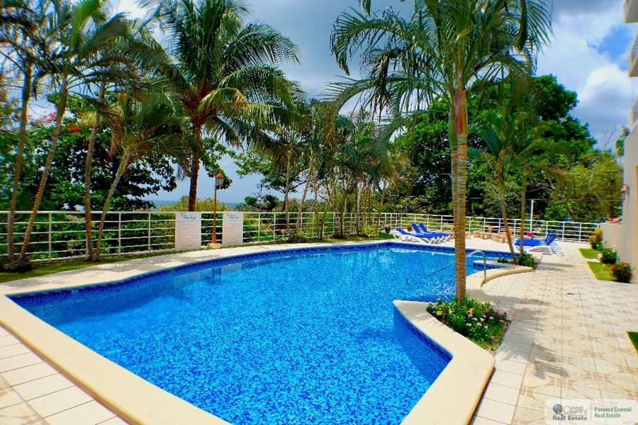 Panama Resort Style Pool