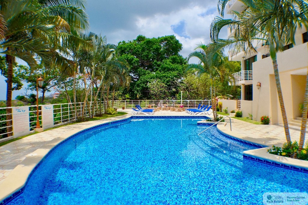 OCEAN FRONT APARTMENT FOR SALE IN GORGONA PANAMA