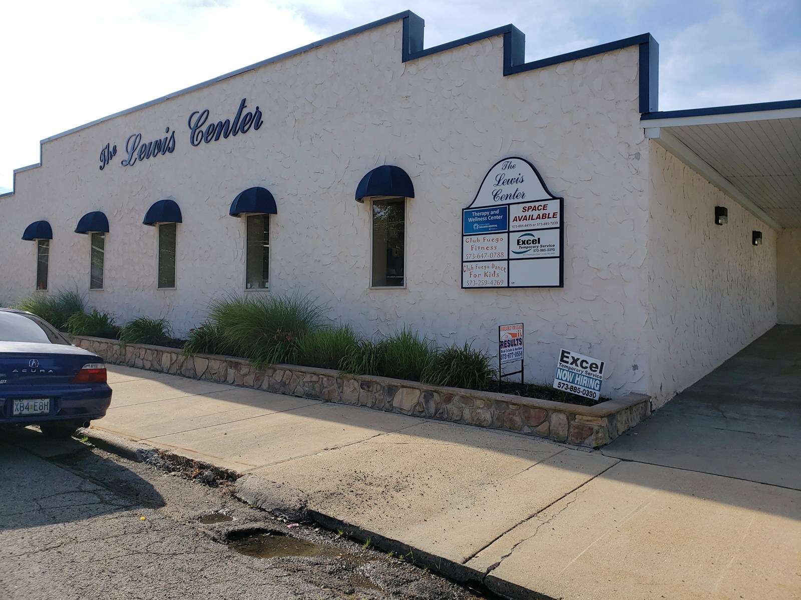 Route 66  multi-use commercial space Cuba, MO  for sale