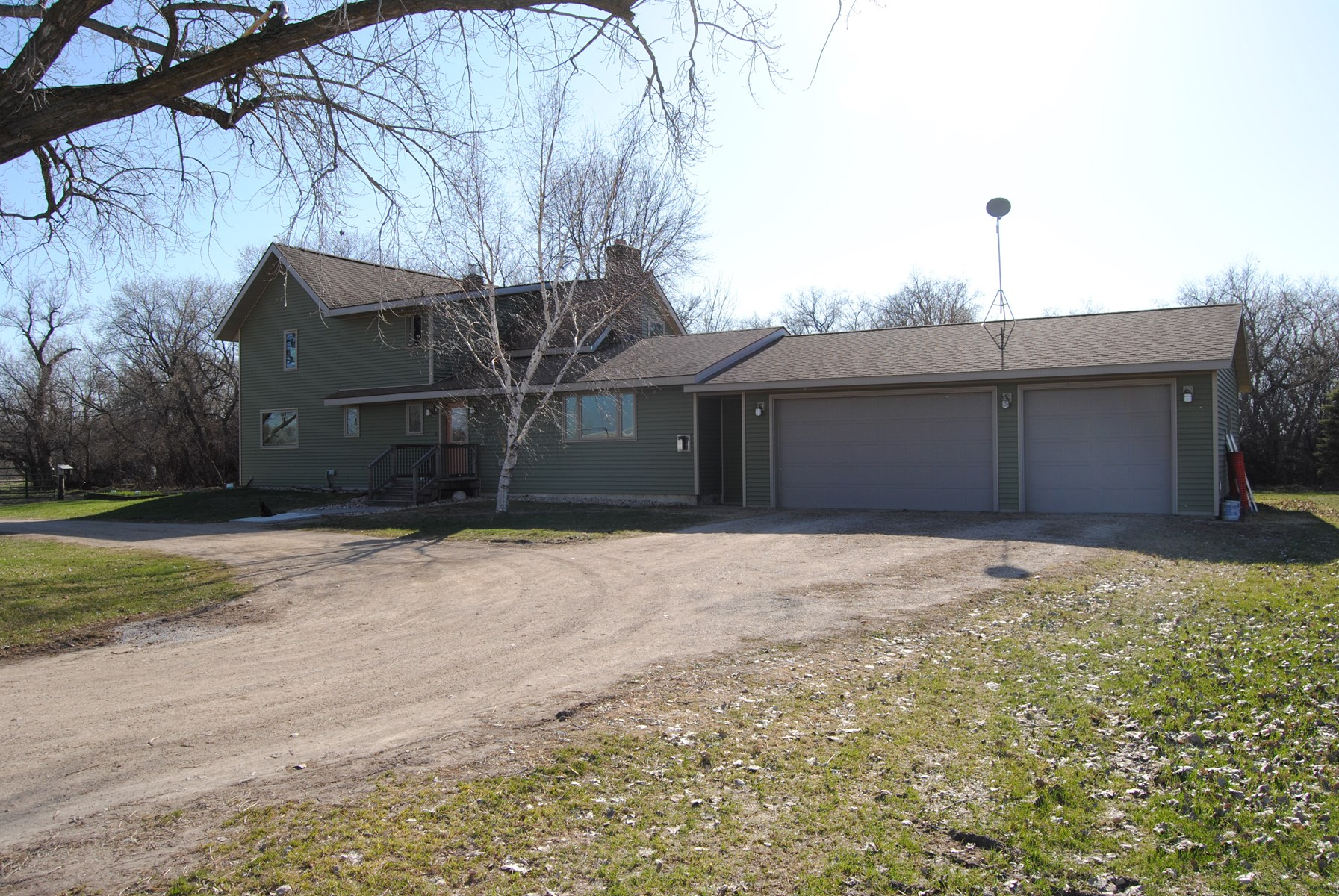 Equine, Riverfront Property in Rural Wheaton, MN.