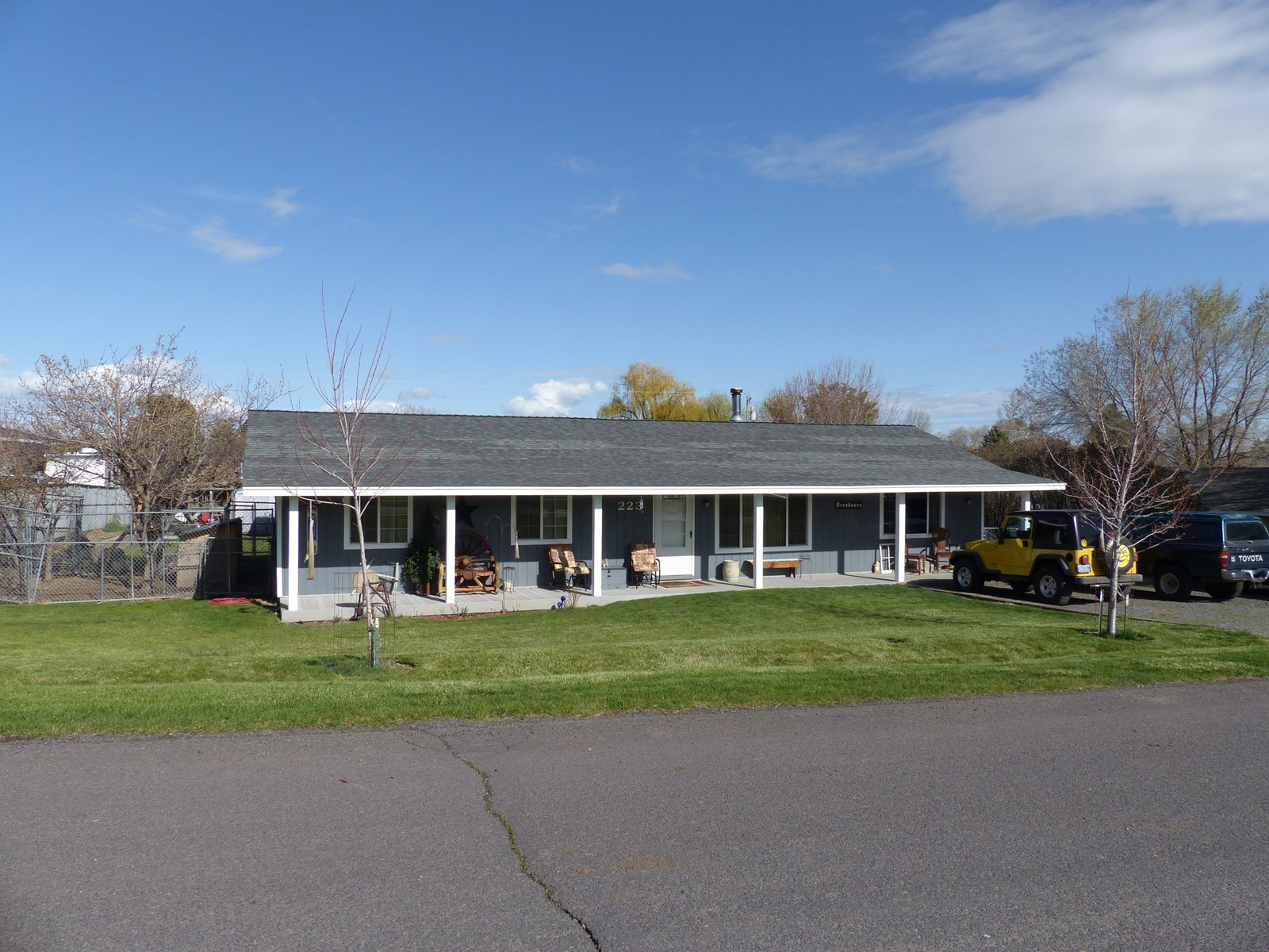 NICELY REMODELED HOME - 30 X 40 SHOP - EDGE OF TOWN