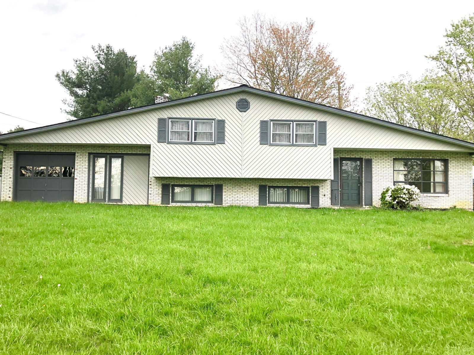 Large Home for Sale in Christiansburg VA