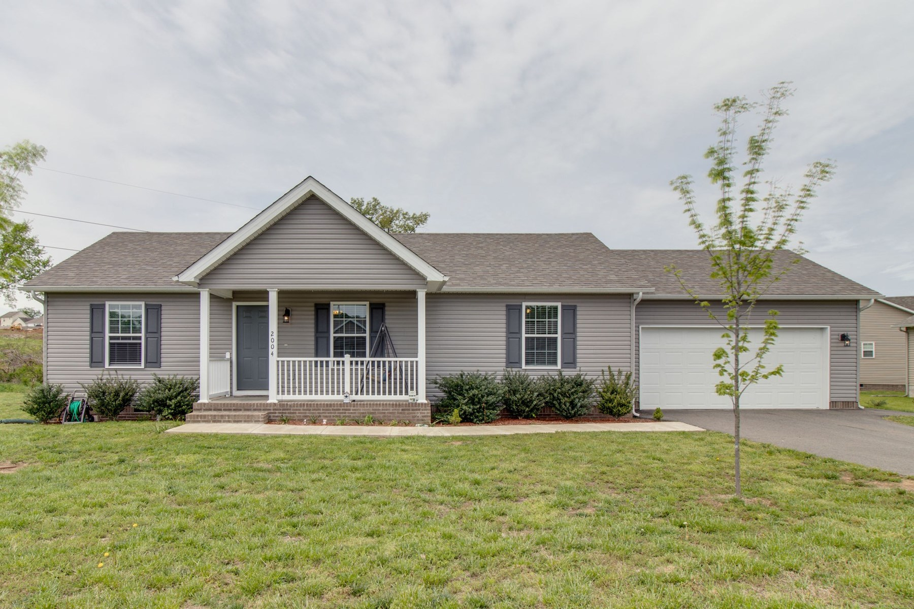 Move-In Ready Home for Sale, in Columbia, Tennessee