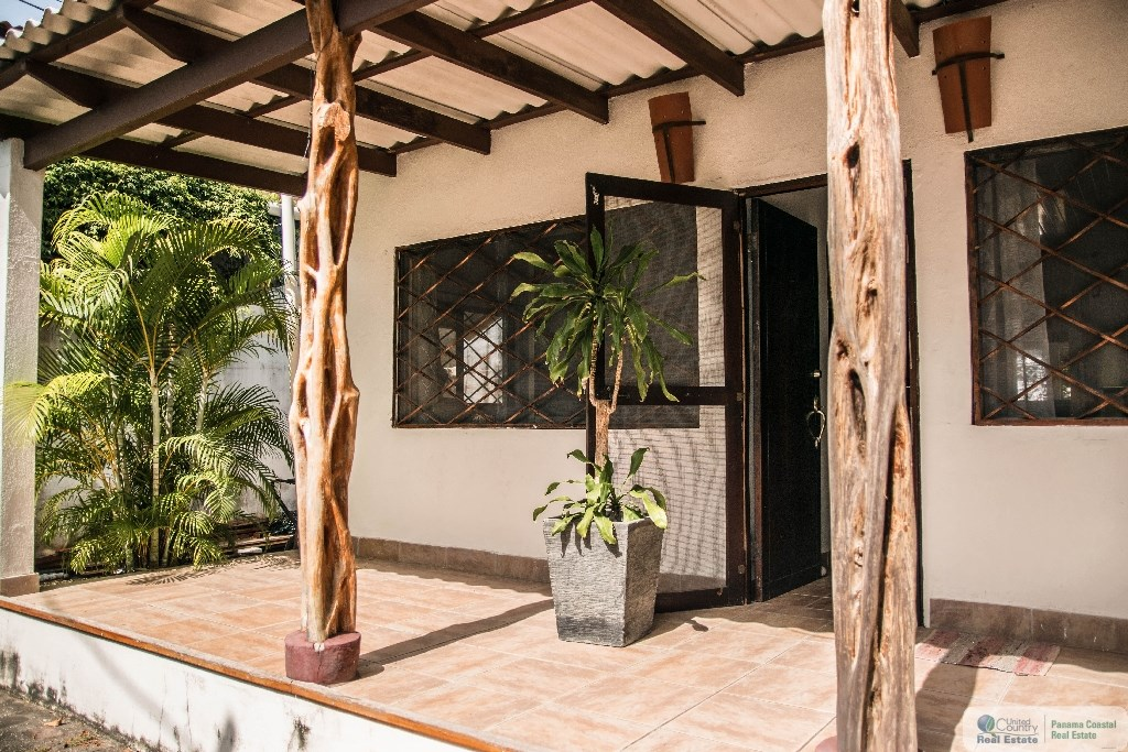 BEACH HOUSE FOR RENT IN EL PALMAR SAN CARLOS PANAMA