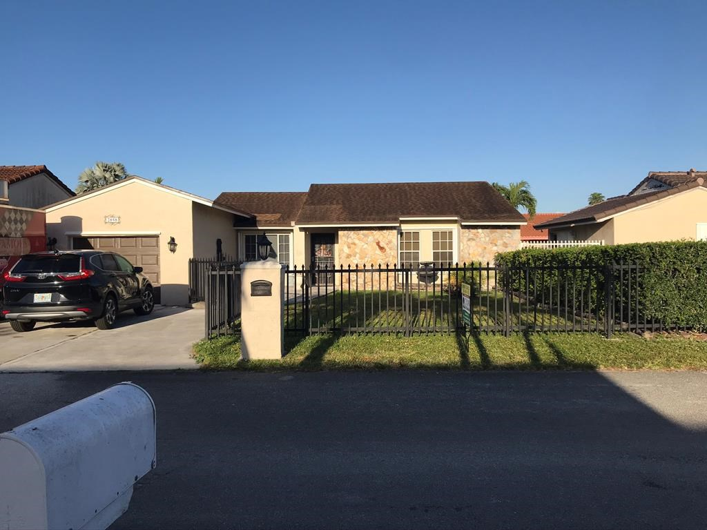 HOME FOR SALE - MIAMI FLORIDA - The Cloisters Subdivision
