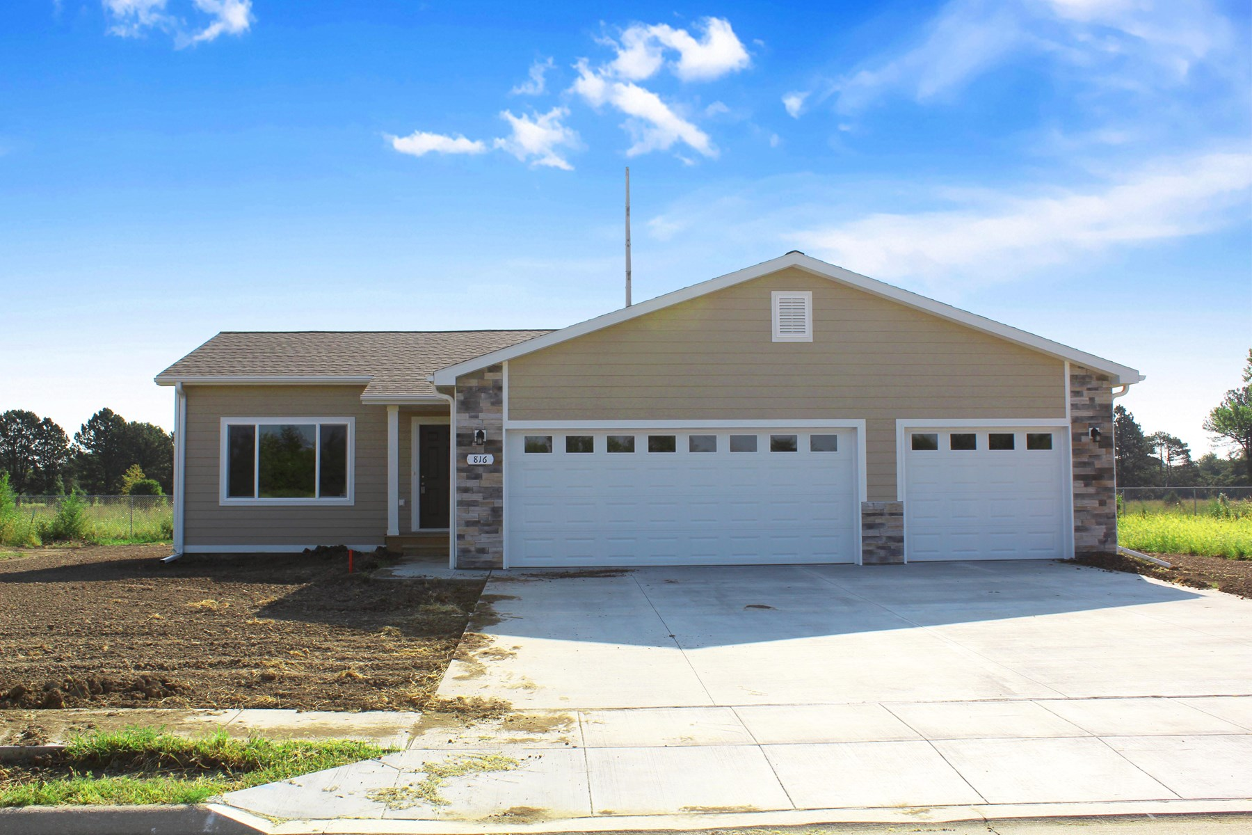 Ranch style home in Beatrice