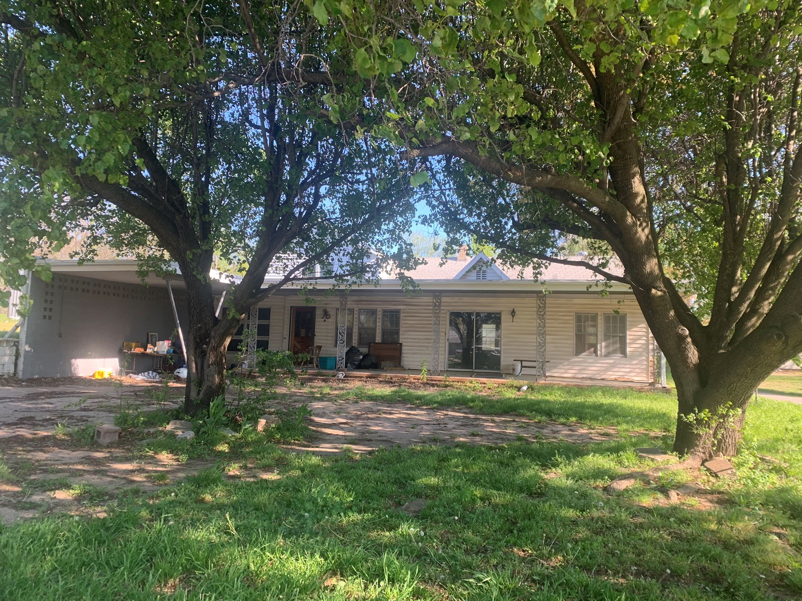 COUNTRY HOME AND 75 ACRES NOBLE CO FOR SALE