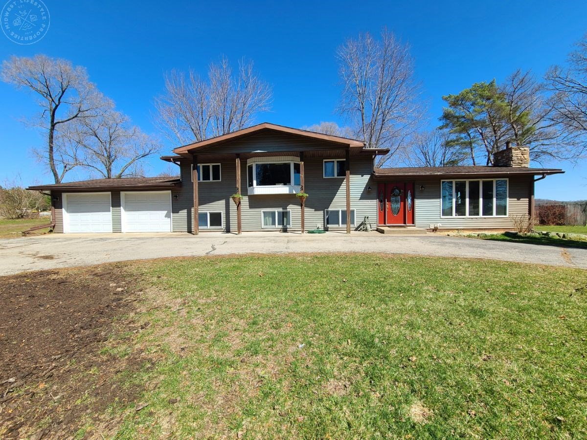 Updated Country Home on Nearly 5 Acres Monroe County WI