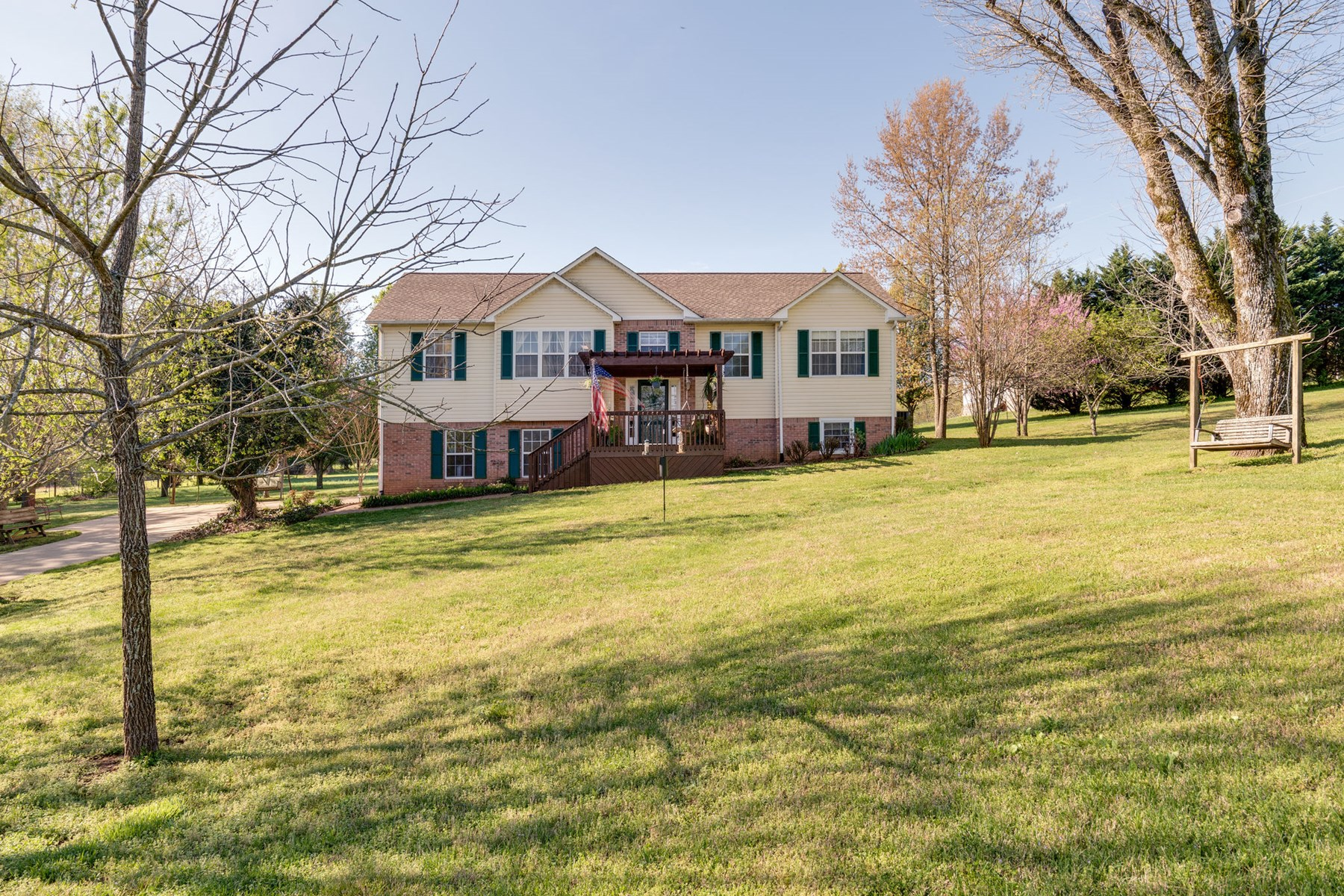 Country Home Near the Duck River for Sale, in Columbia, TN