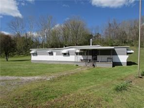 2 BR, 1 BA MOBILE WITH GARAGE IN GREENWOOD WV