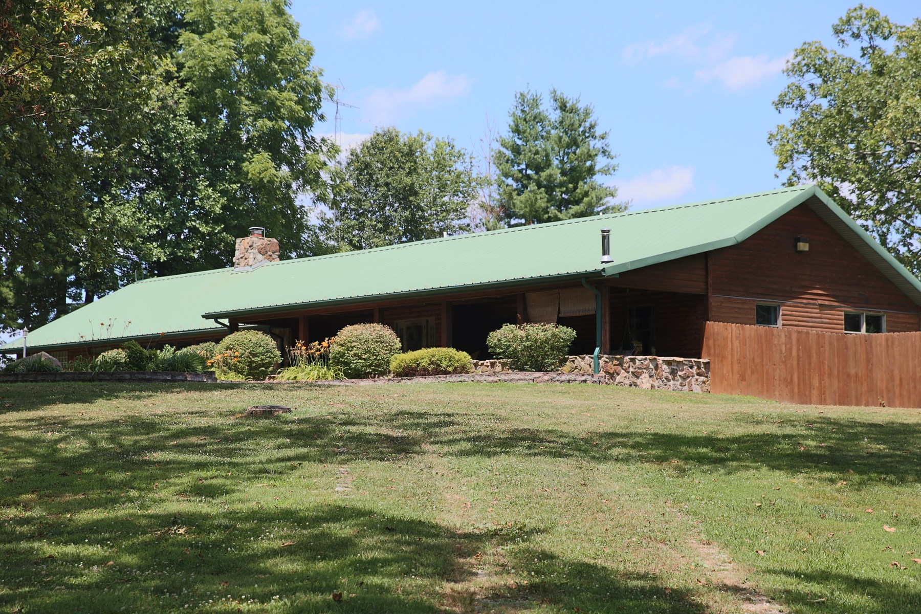 Ranch Style Cedar Log & Stone Home for Sale -West Plains, MO
