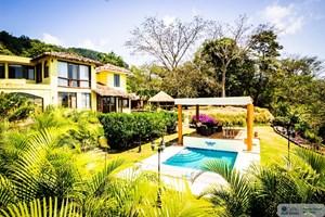 MOUNTAIN VIEW HOUSE FOR SALE IN ALTOS DEL MARIA, SORA PANAMA