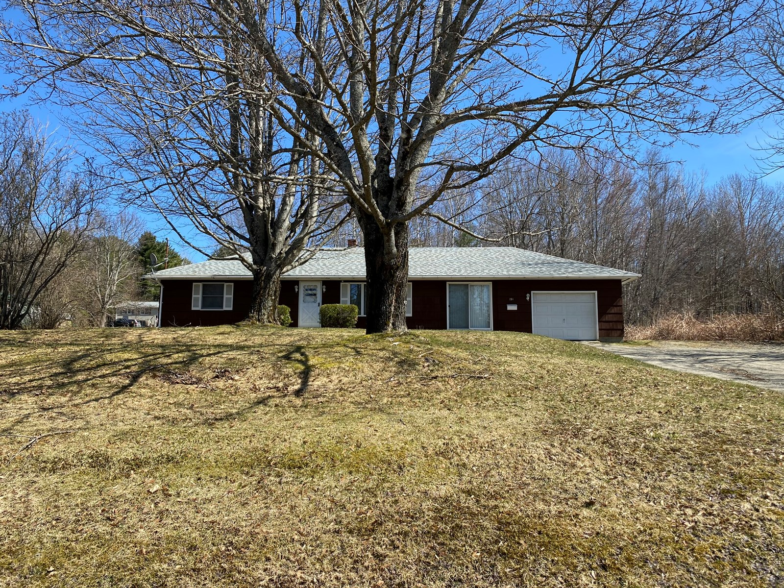 Home For Sale on Double Lot in Lincoln, Maine