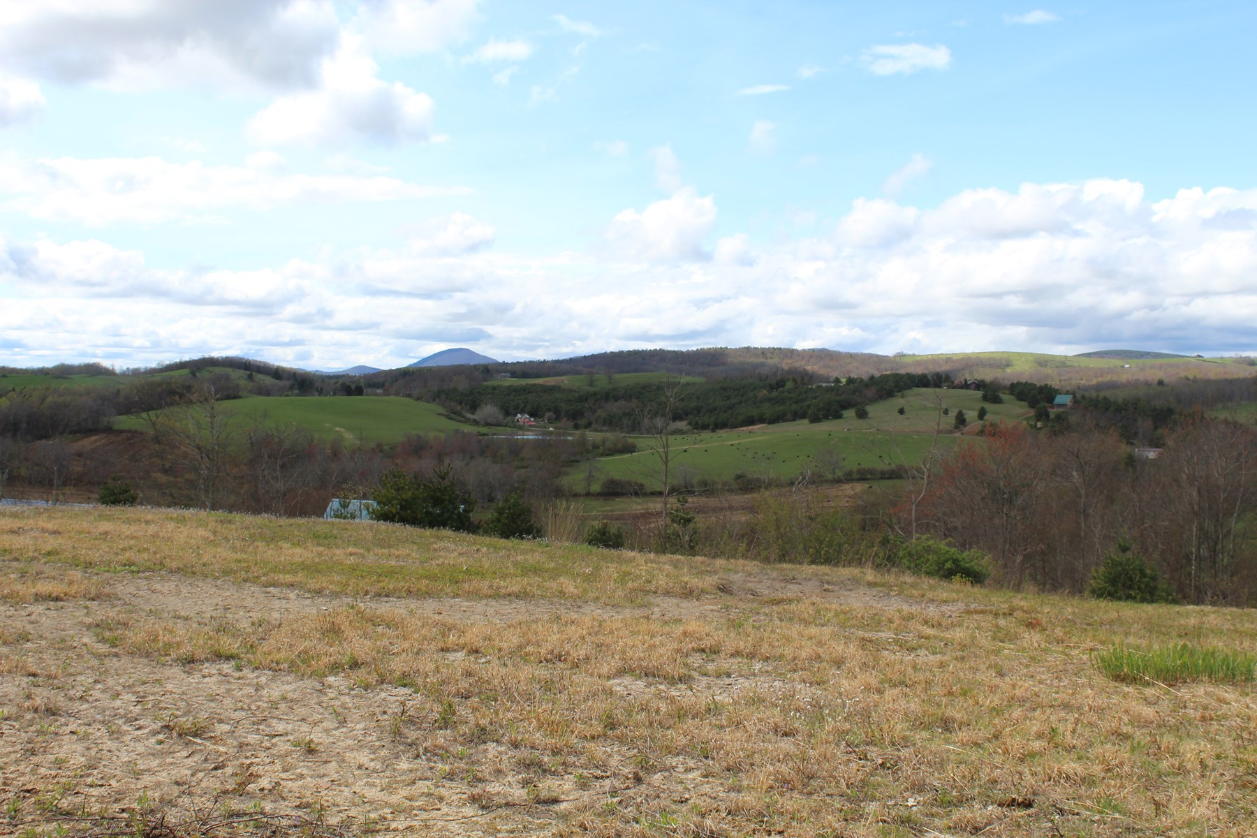 2.12 ACRES FOR SALE  - PATRICK COUNTY, VIRGINIA