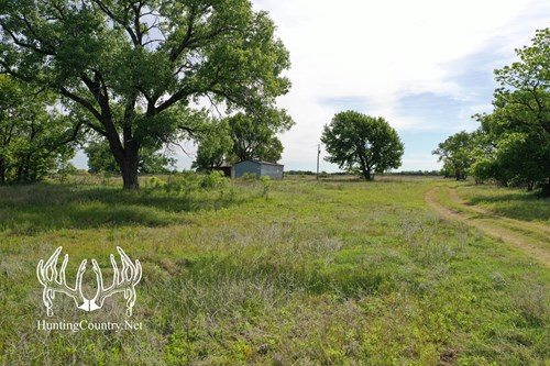 20 acres m/l. WOODS COUNTY OKLAHOMA Land For Sale