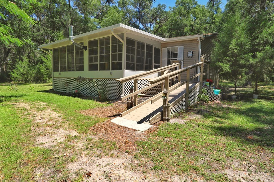 HOME FOR SALE - OLD TOWN, DIXIE COUNTY, FLORIDA
