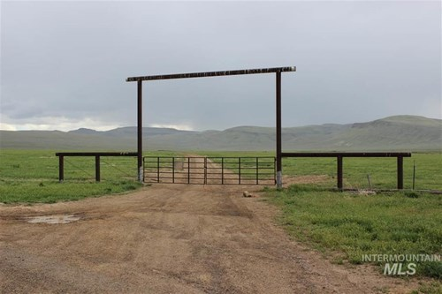 8000 acre Farm/Ranch FOR SALE  South of Twin Falls, ID