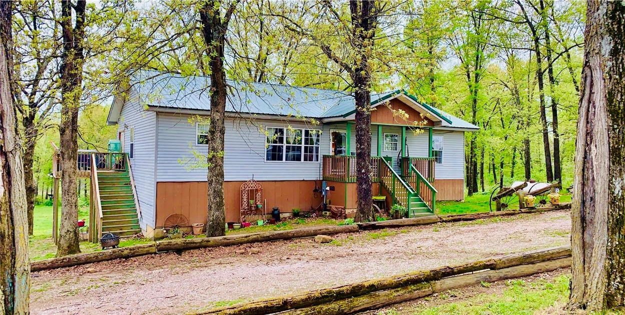 Custom Country Home in Barton Co. Missouri