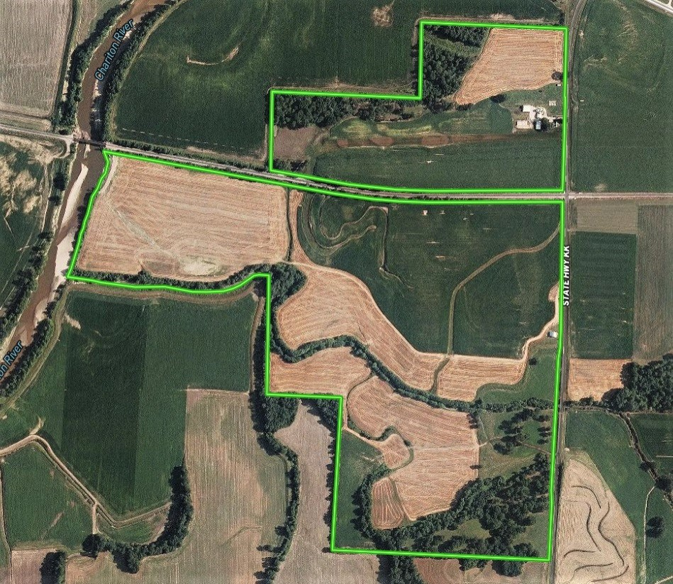 Home & Riverfront Farm For Sale in Chariton County, MO