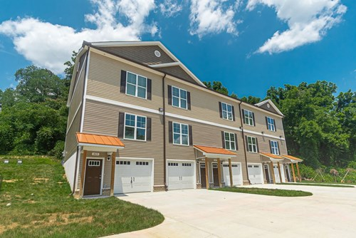 Town Home for sale in Mount Airy